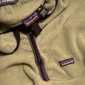 Men's Patagonia with zipper